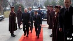 Средба на министерот за одбрана Фатмир Бесими со заменик-помошникот државен секретар на САД Филип Рикер