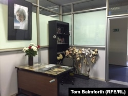 Anna Politkovskaya's desk in the Novaya Gazeta newsroom has been left intact as a memorial to the slain journalist.