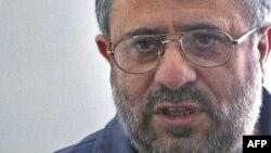 حسن یوسفی اشکوری، عضو شورای تحریریه نشریه «آزادی اندیشه»