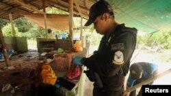 На месте атаки в провинции Яла, Таиланд, 6 ноября 2019 года.