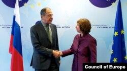 Pamje nga një takim i mëparshëm Ashton - Lavrov