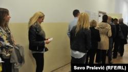 Uoči svakih izbora aktualizuje se pitanje partijskog zapošljavanja (ilustracija)
