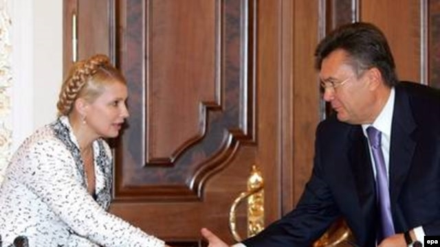 Yulia Tymoshenko (left) and Viktor Yanukovych look set to face off again, this time for presidential office.