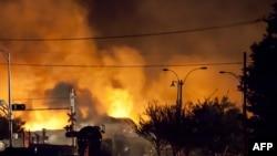 У Канадзе выбухнуў цягнік з нафтай, 100 чалавек зьніклі бязь вестак