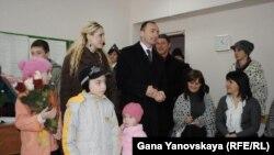 Лидер партии и экс-кандидат в президенты Дмитрий Тасоев вчера завил, что поддерживает кандидата в президенты Анатолия Бибилова