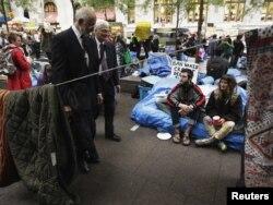 Proteste la New York în Parcul Zuccotti Park lîngă zona financiară a orașului