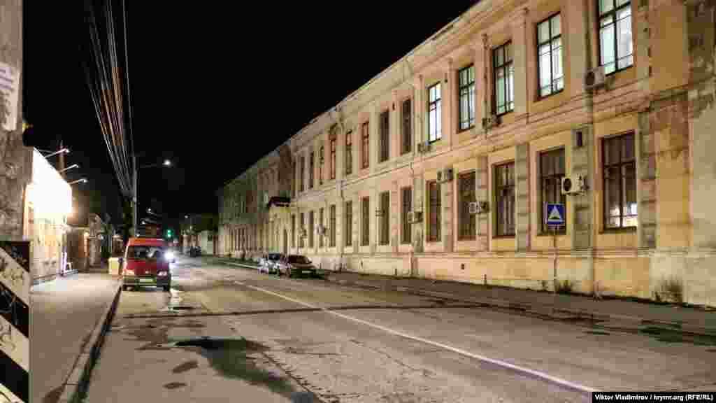 Вулиця Жуковського. Детальніше про неї можна почитати тут