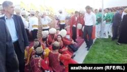 Празднование Дня туркменского скакуна, Ашхабад.
