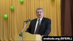 Мікалай Улаховіч на сустрэчы з выбарцамі ў Віцебску
