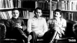 Горький, Сталин и Ворошилов. 1931 год