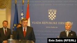 Nebojša Radmanović i Jadranka Kosor na konferenciji za novinare, 01. veljače 2011.