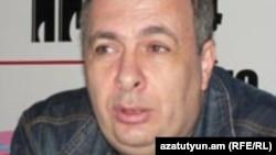Հայաստանի թատերական գործիչների միության նախագահ Հակոբ Ղազանչյանը: