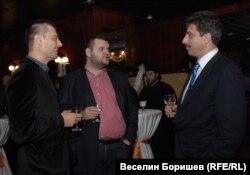 Николай Бареков, Делян Пеевски и Цветан Василев