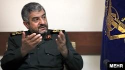 Эронлик генерал Муҳаммад Али Жаъфарий.