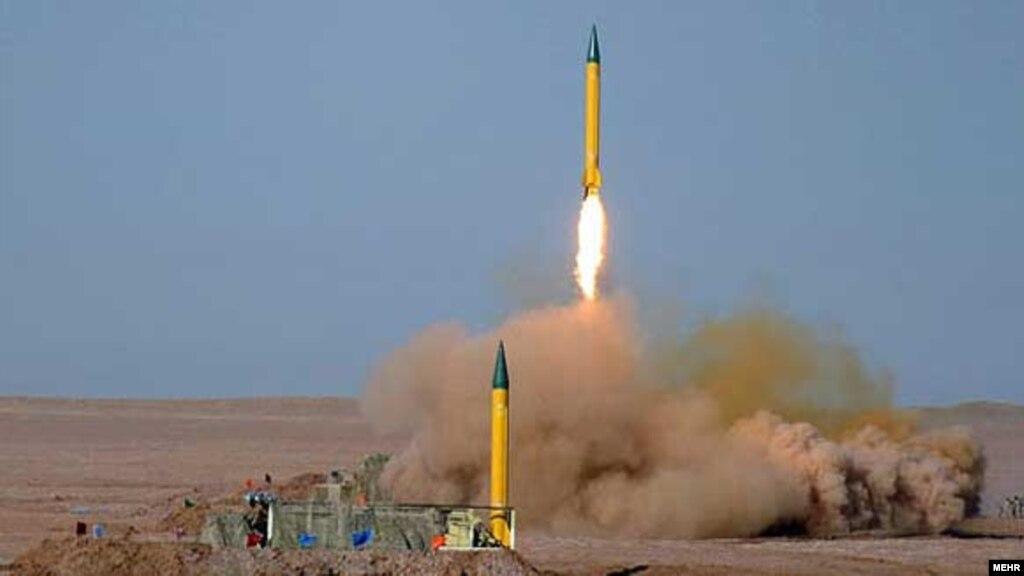 حاجی زاده: آمریکا شاید از طریق روسها از حمله موشکی به داعش اطلاع پیدا کرده بود