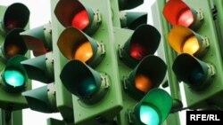 Иллюстративное фото. Наша жизнь, что светофор: бывает дает нам красный свет, но после него обязательно загорается зеленый.