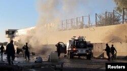 После одной из предыдущих атак в Афганистане, в которой использовался заминированный автомобиль