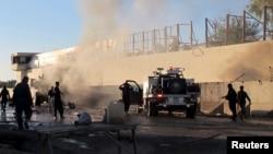 После одной из предыдущих атак в Афганистане, в которой использовался заминированный автомобиль.