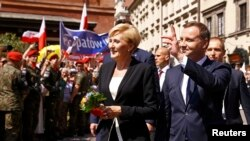 Noul președinte polonez Andrzej Duda și soția sa Agata Kornhauser-Duda la Varșovia