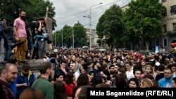 Thousands of people took to the streets of Tbilisi to protest the arrests of rappers Mikheil Mgaloblishvili, 28, and Giorgi Keburia, 21.