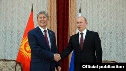 Встреча президентов КР и РФ после саммита ШОС в Бишкеке