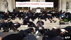Протест во Париз по повод Светскиот ден на храната