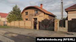 Будинок нового військового прокурора сил АТО Олега Ціцака