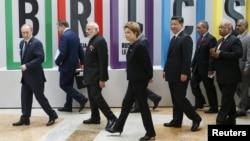 БРИКС елдері жиынына қатысушы мемлекет басшылары. Уфа, 9 шілде 2015 жыл.