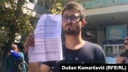 Kao svedoke ćemo pozvati Vučića i Vulina: Srđan Marković pokazuje krivičnu prijavu