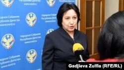 Уммупазиль Омарова утверждена на должность министра образования Дагестана