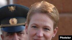 Սելեսթ Վոլանդերը 2009 թվականի դեկտեմբերին Հայաստան կատարած այցի ժամանակ