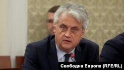 Бойко Рашков оглавяваше Националното бюро за контрол на СРС до края на 2018 г. и неведнъж публично се конфронтира с прокуратурата, ДАНС и парламента, докато заемаше този пост