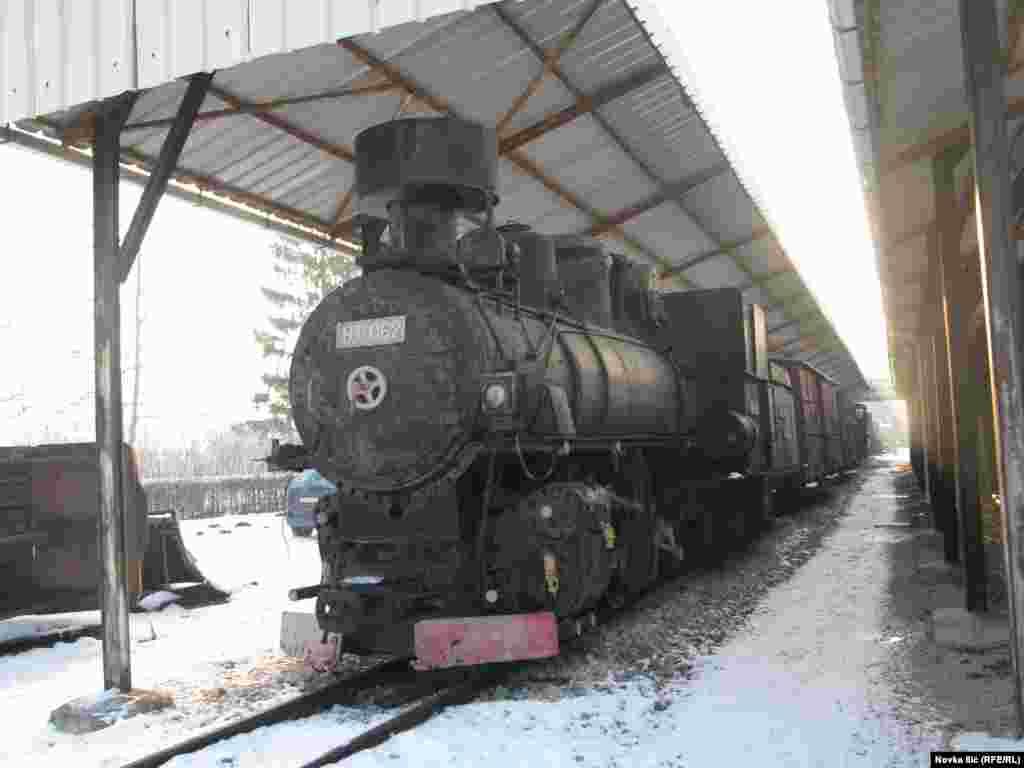 Jedna od lokomotiva za uski kolosek
