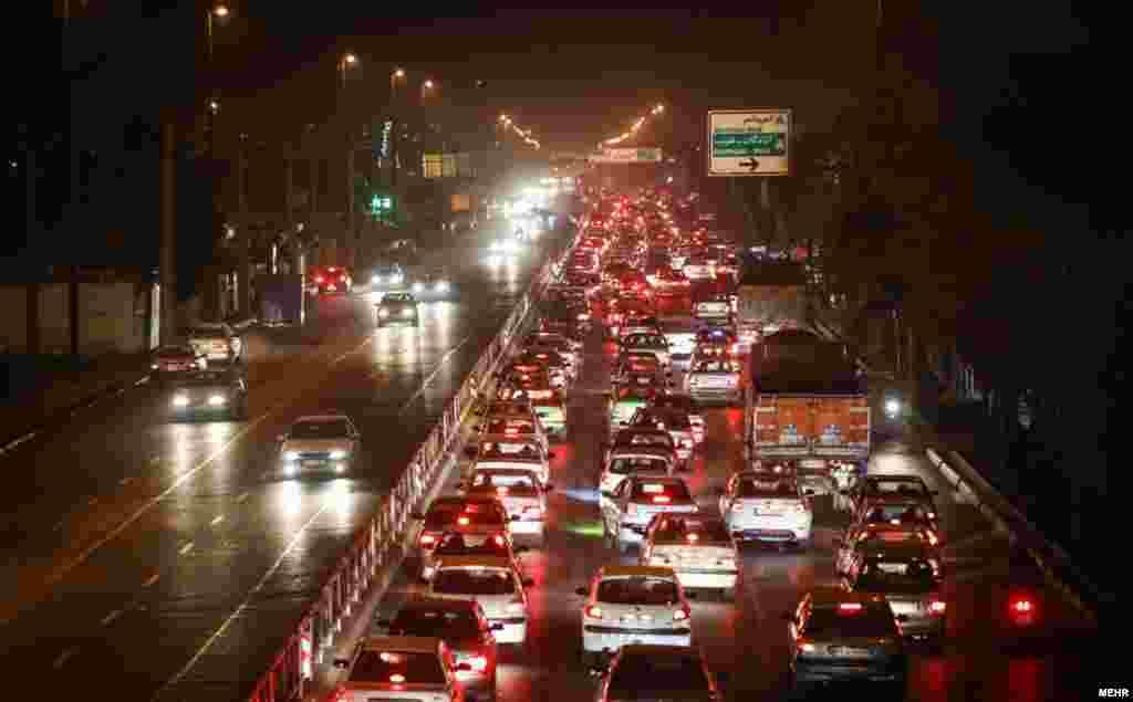 خیابانهای تهران.