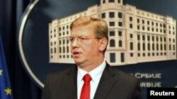 Архивска фотографија: Еврокомесарот за проширување Штефан Филе на прес-конференција во Белград.