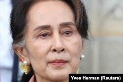 Лидер Мьянмы Айн Сан Сун Чжи