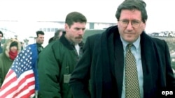 Holbrooke in Sarajevo in 1996, trying to revitalize the faltering peace process