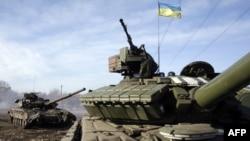 Ուկրաինայի բանակի տանկերը Դոնեցկի տարածաշրջանում, փետրվար, 2015թ․