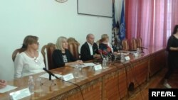 Rifat Škrijelj na konferenciji za novinare rekao je da očekuje od Vijeća Medicinskog fakulteta vraćanje vladavine prava u tu instituciju