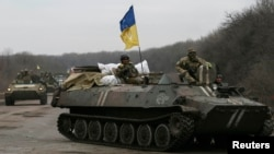 Українські військовослужбовці у зоні АТО. 3 березня 2015 року