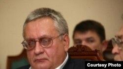Ханты-Мансийскера коммунистийн партин декъан хьалхара секретар Валеев Виктор