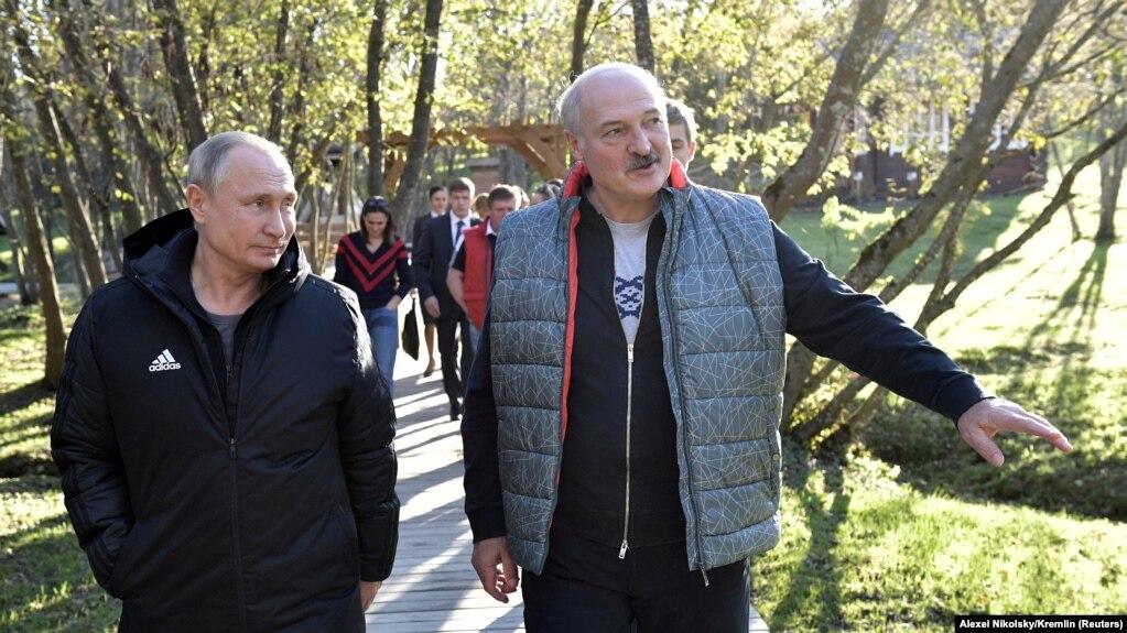 Александр Лукашенко принимает Владимира Путина в Могилевской области, 12 октября 2018 года