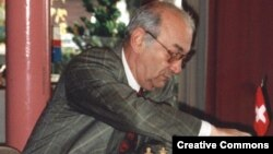 Viktor Korchnoi is considered to be one of the world's best chess players that never became a world chess champion.