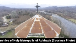 Церковь в Абхазии. Архивное фото