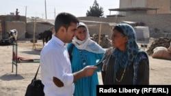 مجیب الرحمن حبیب زی خبرنگار رادیو آزدی در صحبت با جوگیان افغانستان