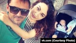 """Семейное фото со страницы """"ВКонтакте"""" Кристины Шидуковой"""