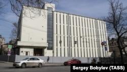 Здание Таганской телефонной станции (АТС), построенное в 1929 году по проекту архитектора В. Мартыновича, на Покровском бульваре. Несмотря на протесты жителей и Архнадзора, здание в стиле конструктивизма готовится к сносу
