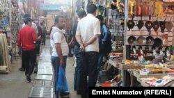 Рынок в Кара-Суу.