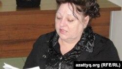 """""""Шахтер отбасы"""" қоғамдық бірлестігінің төрайымы Наталья Томилова. Астана, 28 наурыз 2011 жыл."""