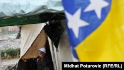 Šatori koje su postavili roditelji djece iz Konjević Polja, Sarajevo